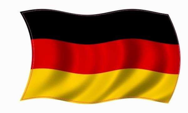 deutschland-fahne-wehend.jpg