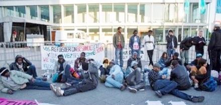 berlin_fl__chtlinsprotest1.jpg